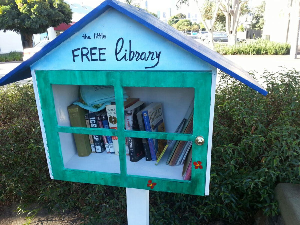 Port Phillip Men's Shed Association built the 'Little Free Library' project as one of their community collaborations.